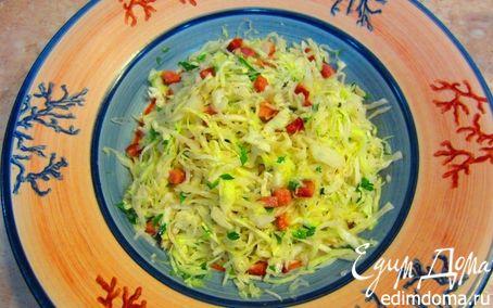 Рецепт Теплый салат из молодой капусты и копченой грудинки