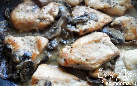 Рецепт Нежнейшее куриное филе в сливочно-грибном соусе