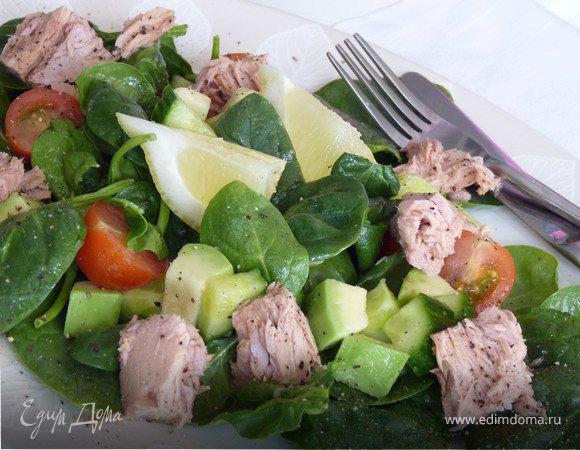 Салат из тунца и авокадо