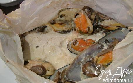 Рецепт Рыба в соусе из шампанского, грибов и мидий