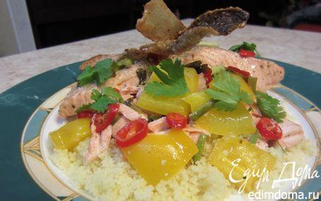 Рецепт Семга под грилем с восхитительной хрустящей корочкой, кускусом и сальсой
