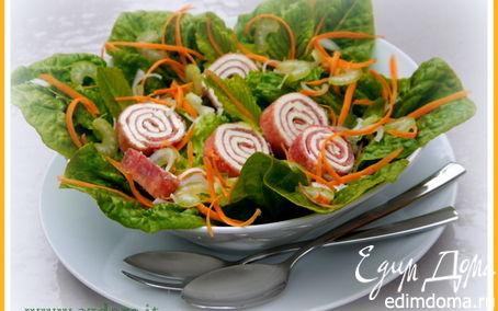 Рецепт Зелёный салат с рулетиками из салями и с заправкой из гомасио