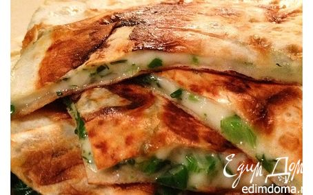 Рецепт Сулугуни с зеленью в лаваше