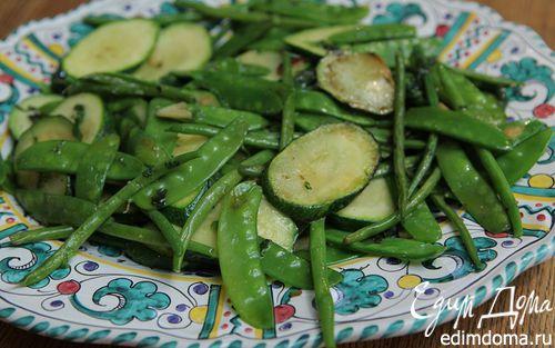 Рецепт Теплый салат из цукини, фасоли и молодого гороха
