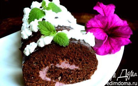 Рецепт Шоколадный рулет с черничным муссом