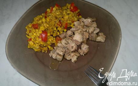 Рецепт Чечевица с кукурузой и сладким перцем, свинина с паприкой и травами