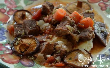 Рецепт Говяжье рагу с грибами и розмарином