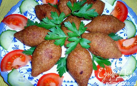 Рецепт Куббе-котлетки из булгура с начинкой из фарша и кедровых орешков