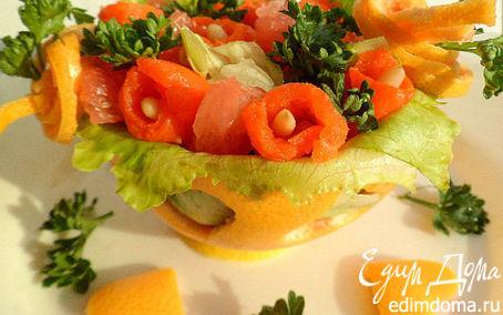 Рецепт Салат из грейпфрута, слабосоленой семги, листьев салата, кедровых орешков