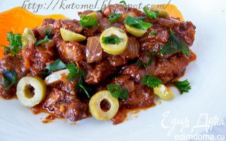Рецепт Говядина в винно-томатном соусе