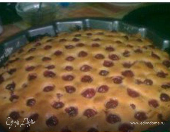 Летний вишневый пирог