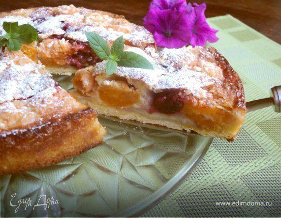 Пирог с франжипаном и фруктами