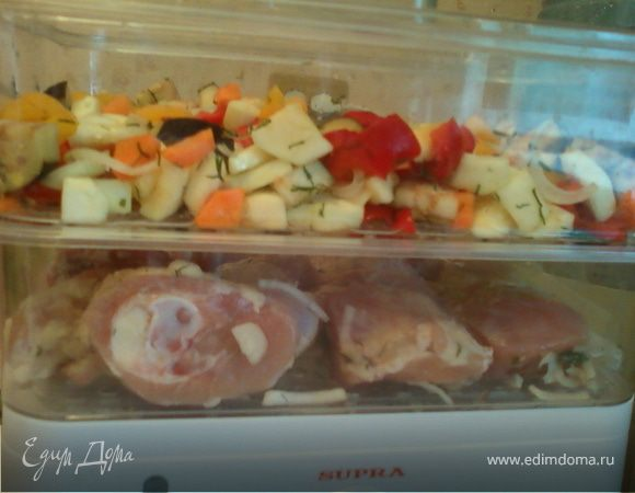Окорочка и овощное ассорти в пароварке