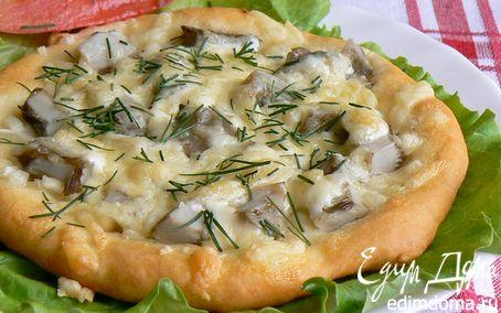 Рецепт мини-пиццы с солеными груздями