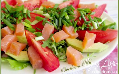 Рецепт Салат с семгой и авокадо