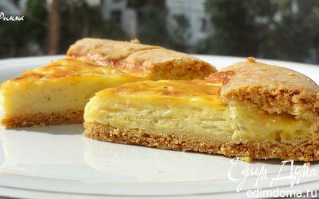 Рецепт – Луковый пирог с плавлеными сырками