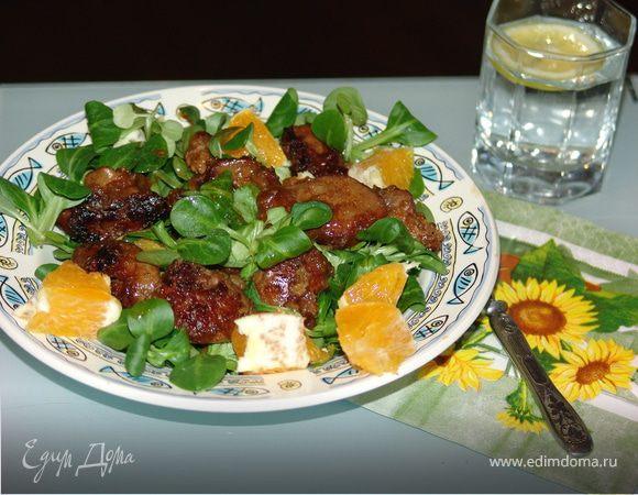 Листовой салатик с куриной печенью