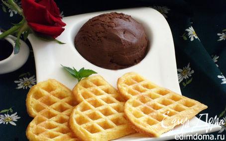 Рецепт Вафли с шариком шоколадного мороженого в вафельнице