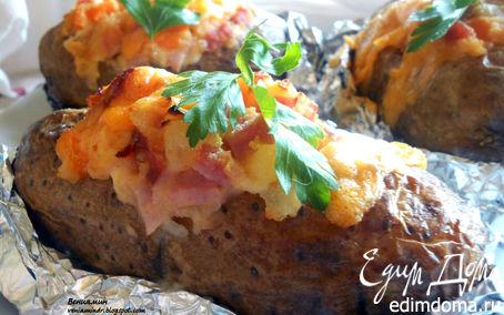 Рецепт Запеченный картофель, фаршированный ветчиной и чеддером