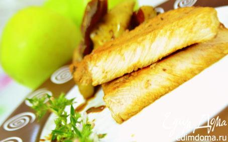 Рецепт Свинина с яблоками с соусом из свинины и яблок
