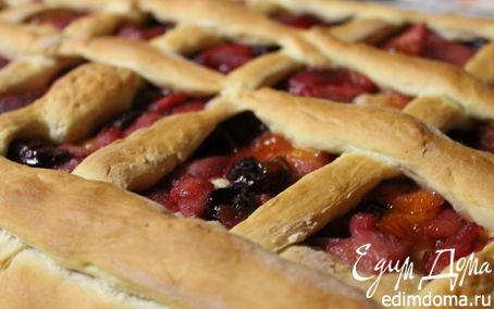 Рецепт Пирог с грушами, яблоками и вишней