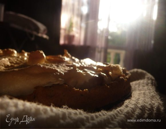 Грушевый пирог с меренгой