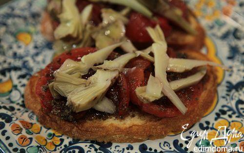 Рецепт Брускетта с помидорами-гриль и артишоками