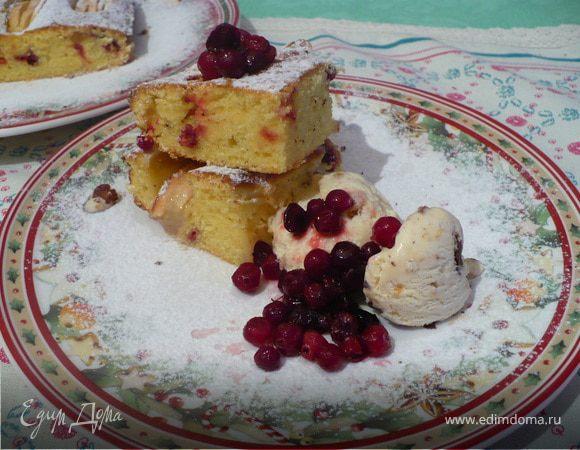 бретонский пирог с яблоком и клюквой