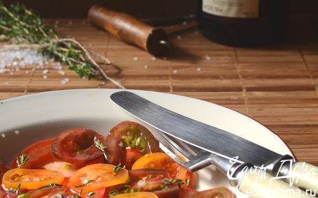 Рецепт Салат из трех видов томатов со свежим тимьяном