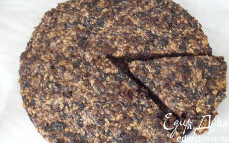 Рецепт Шоколадно-ореховый пирог с черносливом