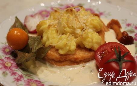 Рецепт Медальоны из семги под сливочным соусом с Дор блю