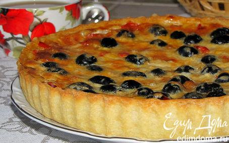 Рецепт Киш со сладким перцем и маслинами