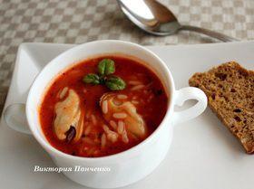 Томатный суп с мидиями и рисом