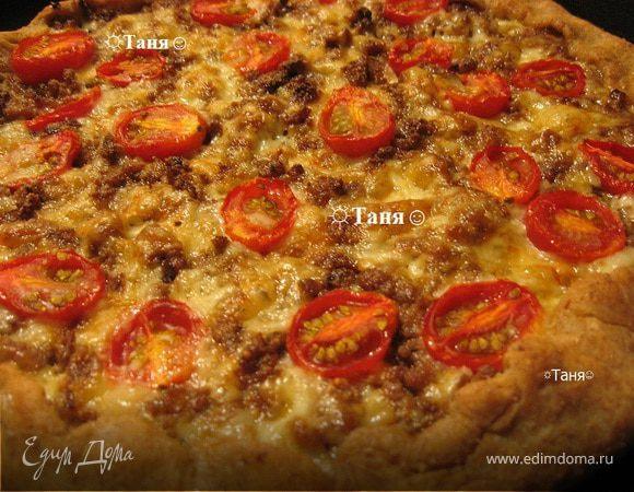 Пицца в глубокой посуде многослойная