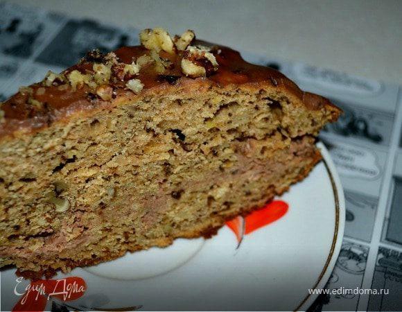 Яблочно-ореховый торт с шоколадно-сметанным кремом