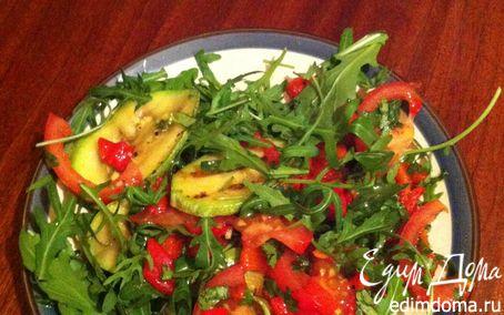 Рецепт Салат по-итальянски с цукини, запеченным перцем и руколой