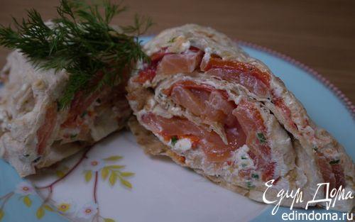 Рецепт Рулет из лаваша с семгой, сладким перцем и козьим сыром