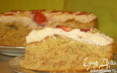 Рецепт Миндальный пирог со сливочным кремом и клубникой