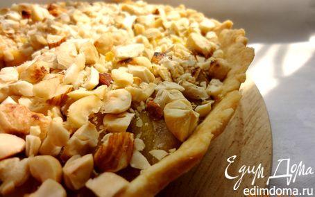 Рецепт Пирог с миндальным кремом, персиками и орехами