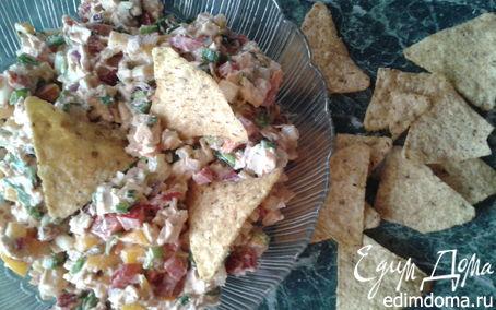 """Рецепт Мексиканский салат с курицей и кукурузными чипсами """"Начос"""""""