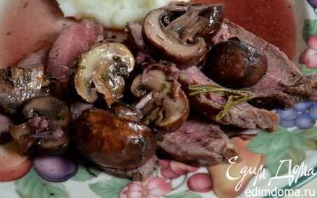 Рецепт Стейк с грибами и красным винным соусом