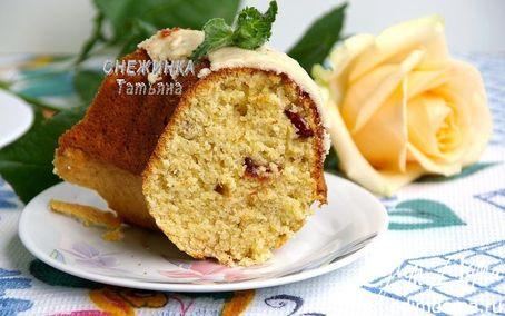 Рецепт Банановый кекс с тремя видами муки и вяленой клюквой