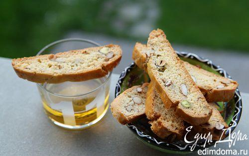 Рецепт Ванильные кантуччи с фенхелем и орехами