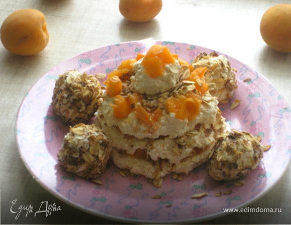 """Творожные тортик и """"Рафаэлло"""" с абрикосами и жареным геркулесом"""