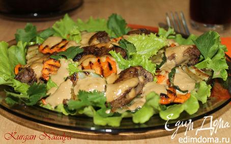 Рецепт Теплый салат с жареными огурцами и куриной печенью