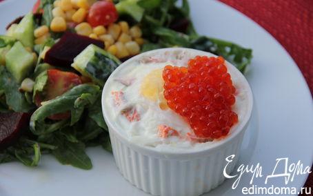 Рецепт Филе лосося с яйцом-пашот и красной икрой в пароварке