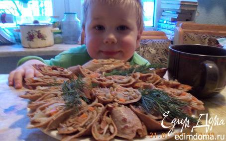Рецепт Рулетики из печеночных блинчиков с грибами