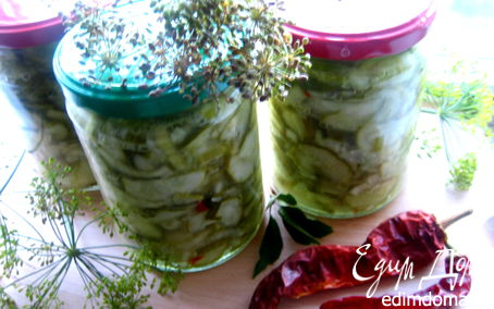 Огуречный салат на зиму латгальский