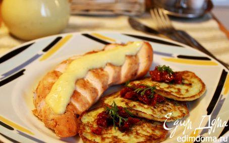 Рецепт Куриные грудки с яблочным соусом и кабачковыми оладьями