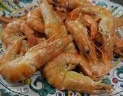 Креветки, жаренные с чесноком и петрушкой